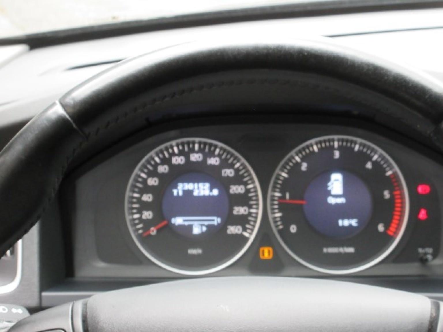 Volvo-V60-15