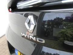 Renault-Wind-7